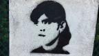 Auf Hauswänden in Bukarest sieht man Graffitis mit dem Konterfei von Laura Kövesi.