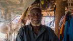 """Mahamad Guindo, der Dorfchef von Yara in Zenralmali, glaubt den Grund für die Gewalt zu kennen:""""Die Fulani denken offenbar, dass sie uns vertreiben müssen, um an neue Weideflächen zu kommen""""."""