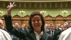 Die neugewählte Bündner Bundesrätin Eveline Widmer-Schlumpf am 13. Dezember 2007, im Bundeshaus in Bern bei der Vereidigung.