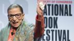 Ruth Bader Ginsburg, Richterin des obersten Gerichtshofs der Vereinigten Staaten, am nationalen Buchfestival in Washington.