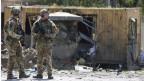 Nato-Soldaten untersuchen den Ort eines Selbstmordanschlags in Kabul, Afghanistan, am 5. September 2019.