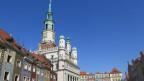 Das Rathaus in der polnischen Stadt Posen.