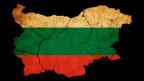 Das Land Bulgarien eingefärbt mit den Farben der Landesfahne.