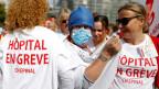 Protestierende Gesundheitsfachkräfte in Paris, Frankreich, am 11.9.2019.
