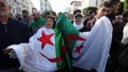 Algerier protestieren gegen die Präsidentschaftswahlen in Algier am 12. Dezember 2019.