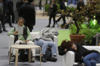 Erschöpfte Teilnehmer an der Konferenz in Madrid