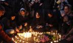 Kerzen für die Opfer bei Protest in Teheran