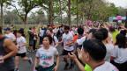«Run Against Dictatorship» (Lauf gegen die Diktatur): Ungefähr 6000 Läufer und Läuferinnen nahmen an einem drei Kilometer langen Lauf teil, um gegen die Regierung zu demonstrieren.