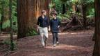 Grossbritanniens Prinz Harry und Meghan bei einem Spaziergang in Neuseeland im Oktober 2018.