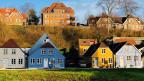 Häuserzeile in der dänischen Grenzstadt Sønderborg.