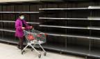 Leere Regale in Supermarkt in Hongkong