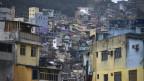 Blick auf die Armensiedlung Favela in Brasilien.