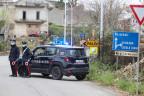 Carabinieri führen bei Palermo Kontrollen durch.