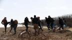 Zusammenstösse zwischen Migranten und der griechischen Polizei in der Nähe des Grenztors von Pazarkule in Edirne, Türkei.