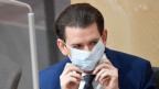 Österreichs Bundeskanzler Sebastian Kurz mit Gesichtsmaske.