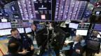 Die Börse an der Wall Street in New York (USA).