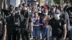 In den USA protestieren die Bürgerinnen und Bürger gegen Rassismus und Polizeigewalt.
