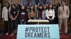 Jugendliche Migranten, sogenannte Dreamers, werden im Weissen Haus in Washington vorstellig.