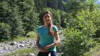 Julia Brändle, Gewässerschutz-Expertin, beim WWF Schweiz, steht vor dem Chärstelenbach im Maderanertal, Uri.