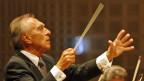 Claudio Abbado dirigiert am 13. August 2008 das Eröffnungskonzert des Lucerne Festival im KKL.