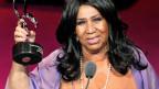 Aretha Franklin mit dem American Music Masters Award. Archivaufnahme von 2011.