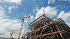 Bau eines Wohnhauses bei Effretikon. Wirken sich die neuen bundesrätlichen Massnahmen auf den Hypothekarzins aus?