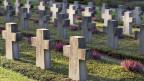 Schosshalden-Friedhof Bern. Das letzte Hemd hat keine Taschen.