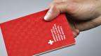 Die zuständige Nationalratskommission will, dass es wieder schwerer wird, Schweizer BürgerIn zu werden.
