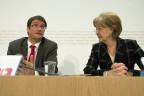 SP-Parteipräsident Christian Levrat und SP-Nationalrätin Susanne Leutenegger-Oberholzer an der Medienkonferenz vom 25. Februar.