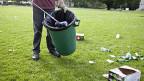 Ein Littering-Rappen soll helfen, das Abfall-Problem in den Griff zu kriegen.