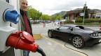 Elektrofahrzeuge sollen mehr Lärm machen - zum Schutz der FussgängerInnen.