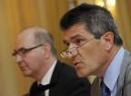 Patrick Odier (rechts) und Claude-Alain Margelisch (links), Präsident und CEO der Schweizerischen Bankiervereinigung; sie haben den Bruef an die BundesrätInnen unterzeichnet.