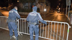 Polizisten riegelten am Donnerstag das Gebiet um das Haus in Bern ab, wo sich der angeklagte «Heiler» verschanzt hatte.