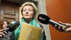 Finanzministerin Eveline Widmer-Schlumpf am 9. Januar 2012 - nach der Rücktrittserklärung von SNB-Präsidente Philipp Hildebrand.