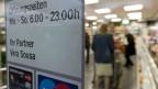 Öffnungszeiten für Läden im Flughafen Zürich.
