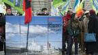 Im Januar 2013 wurde das Referednum gegen das neue Asylgesetz eingereicht, am 9. Juni wird darüber abgestimmt. Die Meinungen sind auch Linken und Gewerkschaften noch nicht gemacht.