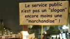 Demonstration imm November 2011 in Lausanne: «Service public ist kein Slogan - und noch weniger eine Ware».