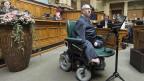 Nationalrat Christian Lohr ist bestens vernetzt mit verschiedenen Behindertenverbänden; er ist von Geburt auf schwer behindert – und Wortführer derer geworden, die gegen Kürzungen zu Lasten der Behinderten kämpfen.