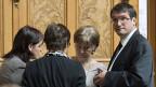 Die SP-NationalrätInnen Marina Carobbio, Anita Fetz, Susanne Leutenegger Oberholzer und Christian Levrat während der Beratungen zum Aufgaben-Überprüfungspaket des Bundesrates.