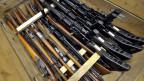 Rund zwei Millionen Feuerwaffen befinden sich nach Schätzungen der Landesregierung in Privatbesitz, aber nur etwa 750'000 seien in den kantonalen Waffenregistern verzeichnet.