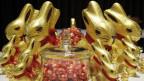 Goldbären, Lindorkugeln, Pralinés sorgen dafür, dass bei Lindt & Sprüngli die Kassen klingeln.