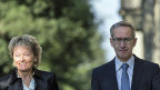 Bundesrätin Eveline Widmer-Schlumpf und Staatssekretär Michael Ambühl auf dem Weg an die Medienkonferenz zum«Joint Statement» mit den USA.