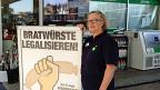 Susi Gubelmann führt den 24-Stunden-Shop an der Seebahnstrasse in Zürich seit Jahren . Einen Dammbruch, wie ihn die GegnerInnen der Liberalisierung befürcheten werde es nicht geben, meint sie.