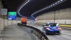 Eine zweite Gotthard-Röhre sei nötig, um während der Totalsanierung in den 2020er-Jahren den Betrieb des Gotthard-Strassentunnels aufrechtzuerhalten, meint der Bundesrat.