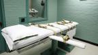 Die Todesstrafe sei effizient, weil nur ein Toter garantiert nie mehr rückfällig werde; alles andere sei tödlicher Luxus. Das sagt der Walliser SVP-Politiker Jean-Luc-Addor.