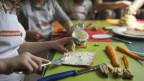 Tagesschule mit Mittagstisch: Was für die einen Eltern eine Entlastung ist,  ist für die anderen ein Zwang.