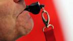 Auch in der Schweiz gibt es Fälle von Menschen, die Missstände an ihrem Arbeitsplatz öffentlich machten. Wann dürfen Whistleblower an die Öffentlichkeit? Und wie sollen sie geschützt sein?