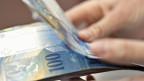 Nächstes Jahr bezahlen die Luzernerinnen und Luzerner mehr an den Staat: im Schnitt knapp drei Prozent mehr.