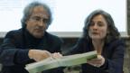 Walter Schmid, Präsident, links, und Dorothee Guggisberg, Geschäftsfuehrerin der Schweizerischen Konferenz für Sozialhilfe SKOS, äussern sich an einer Medienkonferenz zu den Richtlinien, am 3. Januar 2013, in Bern.