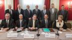 Alle grossen Schweizer Wirtschaftsverbände an der gemeinsamen Medienkonferenz für ein Nein zur SVP-Initiative gegen die Masseneinwanderung.